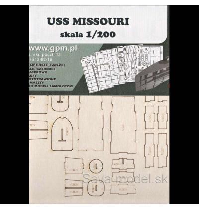 Laserom vyrezaný trup lodi USS Missouri (BB 63)